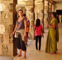 Čeluvanarajanův chrám v Melkote [nové okno]